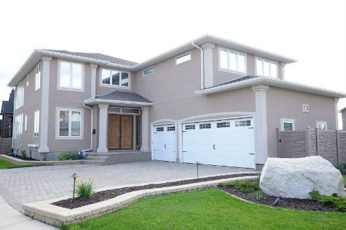 wascana view home, east regina neighbourhood
